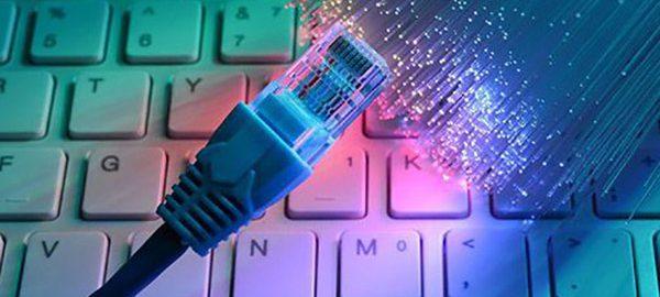 forfait Internet illimité en technologie fibre ou DSL ou câble